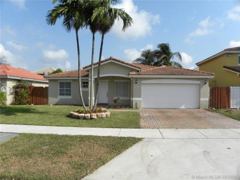 11233 SW 244th Ter Miami FL 33032