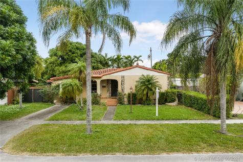 6751 SW 30th St Miami FL 33155