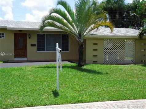 10500 SW 43st Miami FL 33165