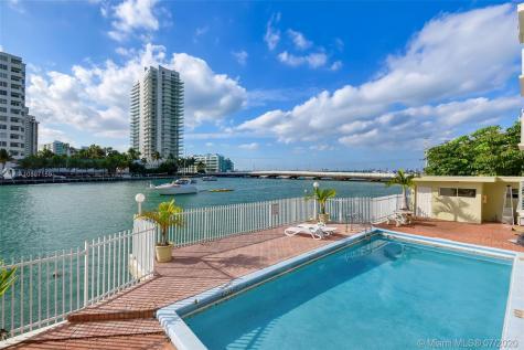 1441 Lincoln Rd Miami Beach FL 33139