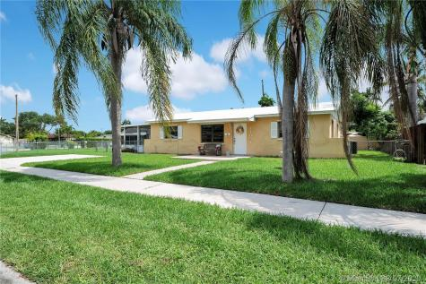 11091 SW 69th Dr Miami FL 33173