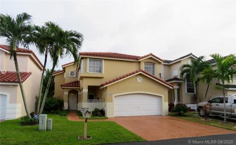 15438 SW 50th Ter Miami FL 33185