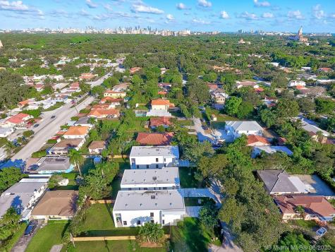 5887 SW 25th St Miami FL 33155