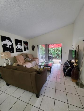 13234 SW 111th Ter Miami FL 33186