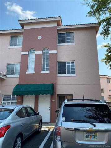 12025 SW 14th St Miami FL 33184