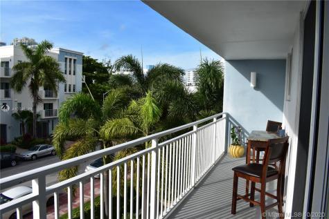 1045 10th St Miami Beach FL 33139
