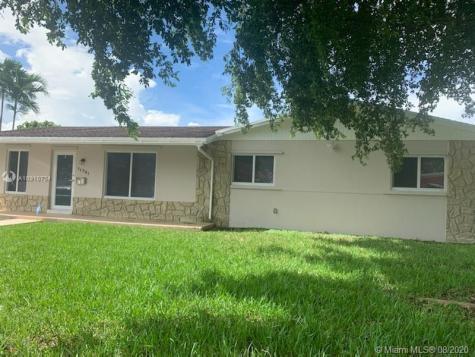 11781 SW 27th St Miami FL 33175