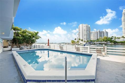 1662 Lincoln Ct Miami Beach FL 33139