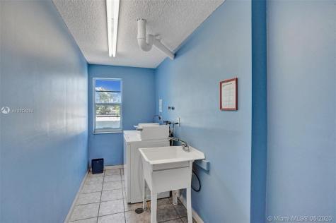 8340 Harding Ave Miami Beach FL 33141