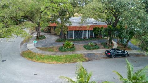 20351 NE 20th Pl Miami FL 33179
