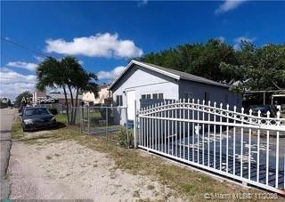 1547 NW 68th Ter Miami FL 33147