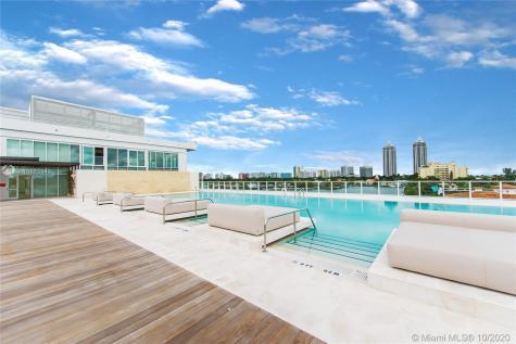 4701 Meridian Miami Beach FL 33140