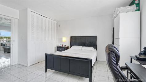 801 Meridian Ave Miami Beach FL 33139