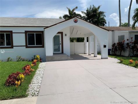 1526 NE 110th St Miami FL 33161