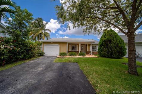 14521 SW 142nd Pl Miami FL 33186