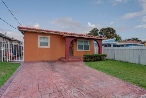 261 NW 60 Ave Miami FL 33126