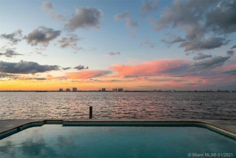 945 N Shore Dr Miami Beach FL 33141