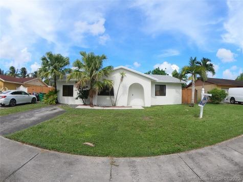 6631 SW 148th Ct Miami FL 33193