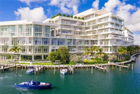 4701 N Meridian Miami Beach FL 33140