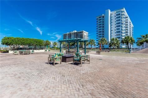 3020 NE 32nd Ave Fort Lauderdale FL 33308