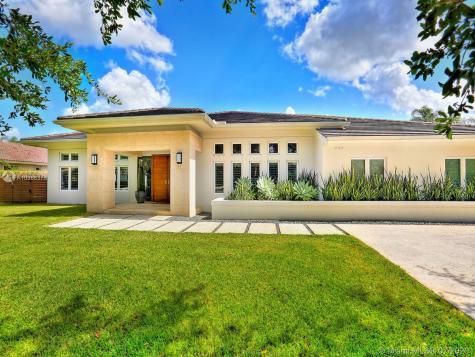 12033 SW 102nd St Miami FL 33186