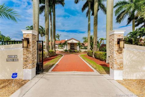 18621 SW 232nd St Miami FL 33170