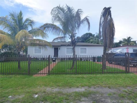 340 NW 148th St Miami FL 33168