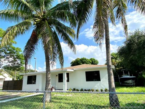 765 NW 138th St Miami FL 33168