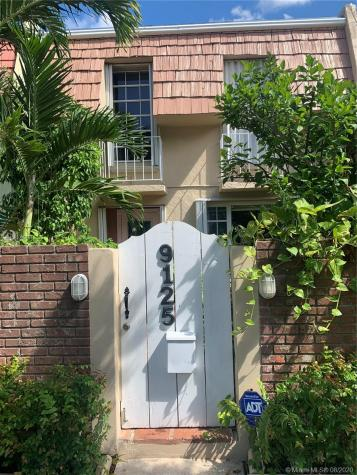 9125 SW 96th Ave Miami FL 33176