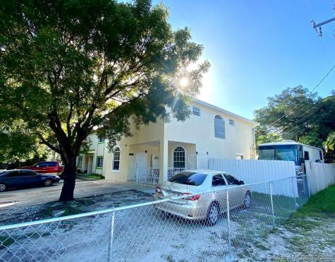 4028 NW 23rd Ct Miami FL 33142