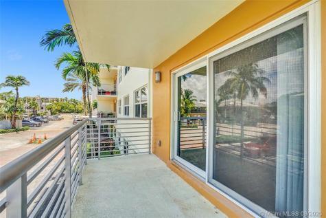 2900 NE 30th St Fort Lauderdale FL 33306