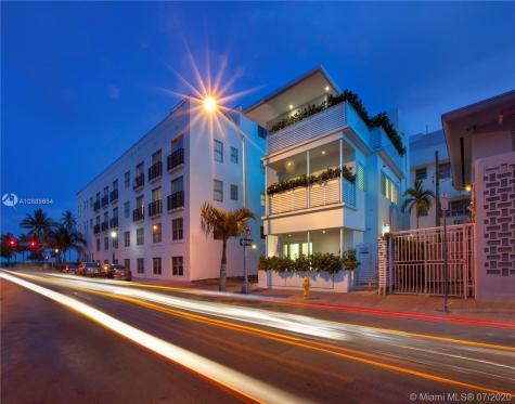 124 11th St Miami Beach FL 33139