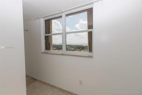 6450 Collins Ave Miami Beach FL 33141