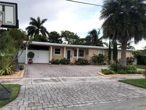 11101 SW 47th St Miami FL 33165