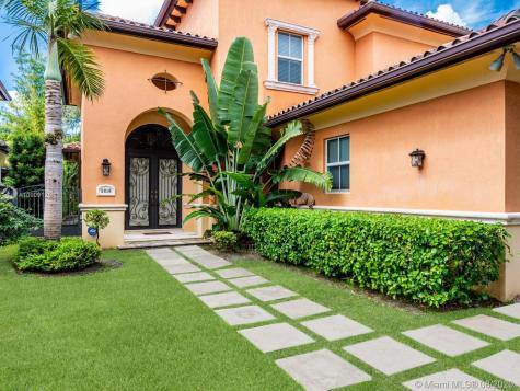 5816 SW 34th St Miami FL 33155