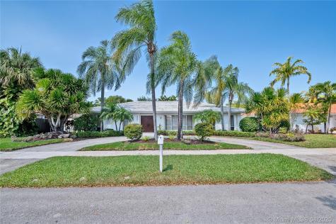 2031 NE 211th Terrace Miami FL 33179