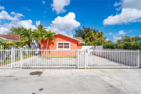 4521 NW 195th St Miami Gardens FL 33055