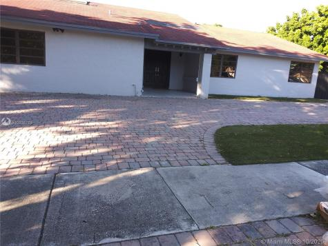 13425 SW 88th Ter Miami FL 33186
