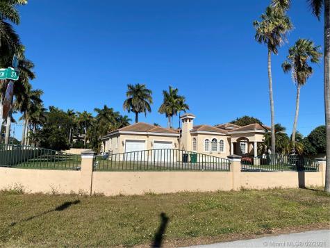 9895 SW 58th St Miami FL 33173