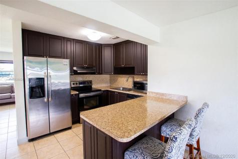 5320 SW 112th Ave Miami FL 33165
