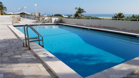 465 Ocean Dr Miami Beach FL 33139