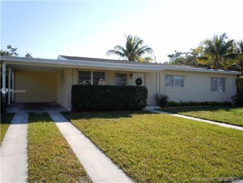 11301 SW 108th Ct Miami FL 33176