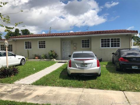 1701 SW 87th Pl Miami FL 33165