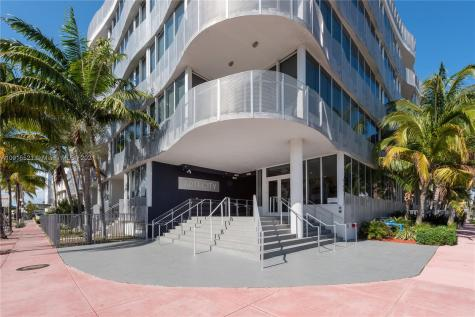 2100 Park Ave Miami Beach FL 33139