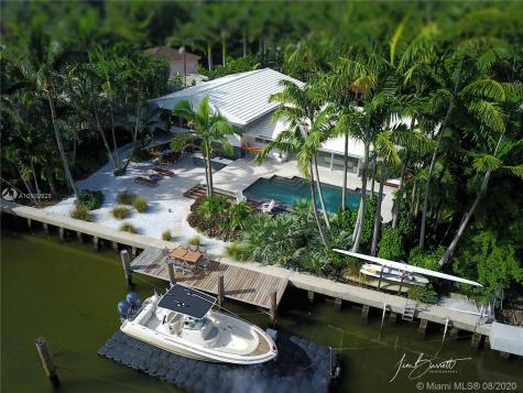 7415 Belle Meade Blvd Miami FL 33138