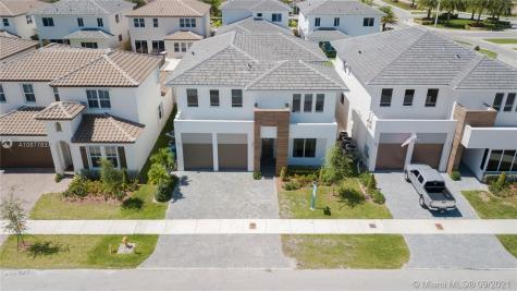 15213 SW 176th Ter Miami FL 33187