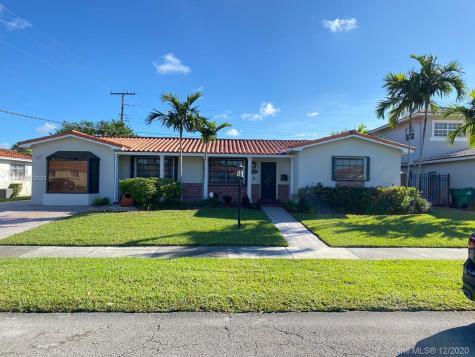 1611 SW 99th Pl Miami FL 33165