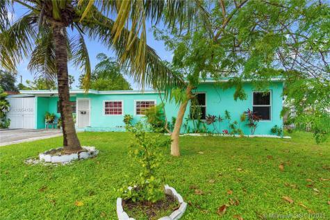 1811 NW 185th St Miami Gardens FL 33056