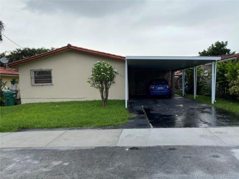 1543 SW 74th Ct Miami FL 33144