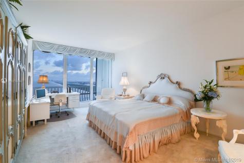 2200 S Ocean Ln Fort Lauderdale FL 33316